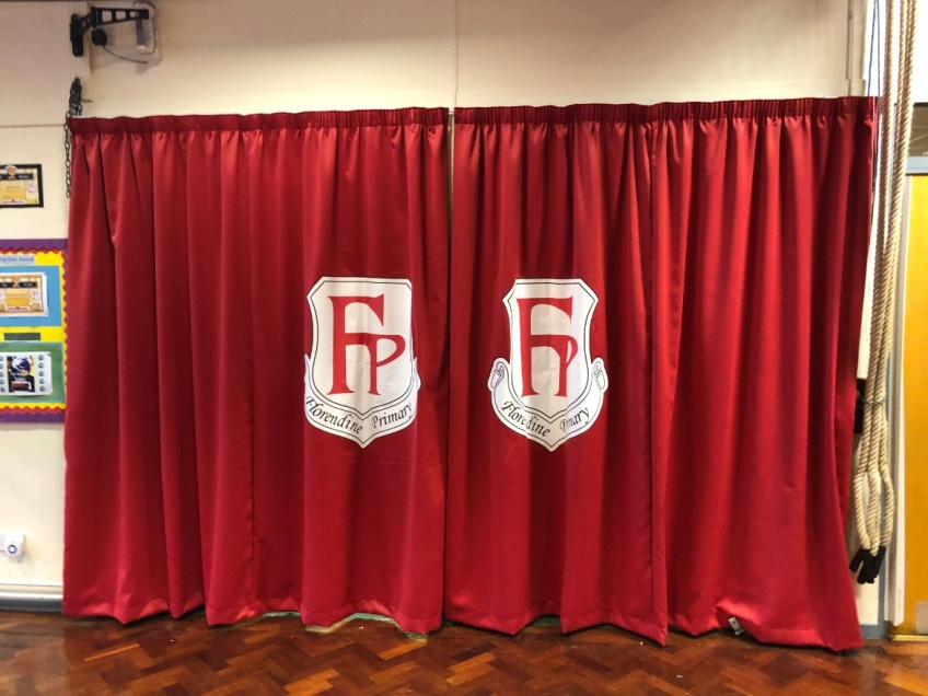 School Logo Curtains - Tamworth -