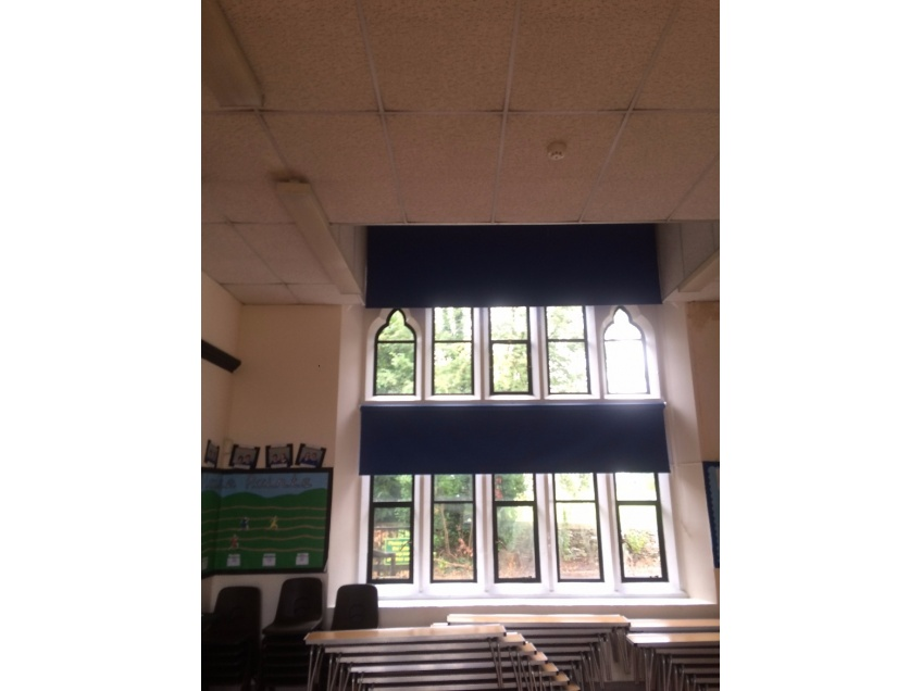 Blinds Gallery 3 - Siddington C.E Primary School, Gloucestershire - August 2016