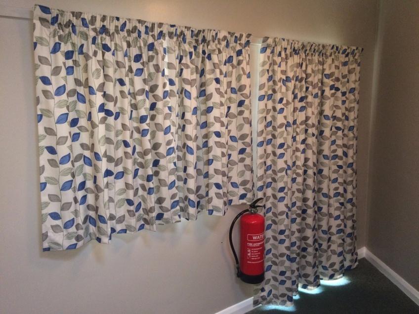 Curtains Gallery 3 - Hoddeson Baptist Church, Hoddesdon, January 2016
