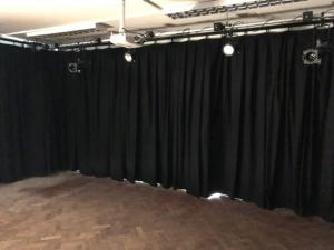 Drama Room Curtains - Barnet