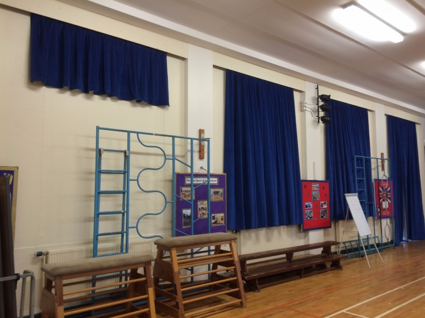 Curtains Gallery 3 - Northstead Primary school, Scarborough February 2016